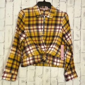 NWT Crave Fame Flannel Cropped Top